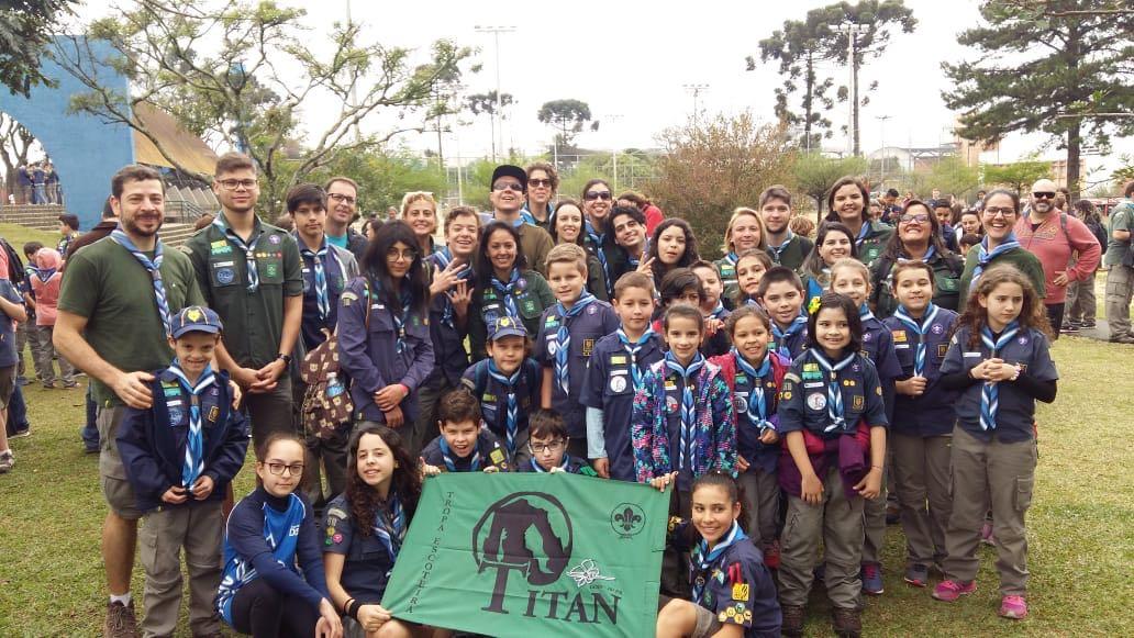 Tropa Titan e Alcateias participaram da 19ª edição do Desfile Cívico Regional